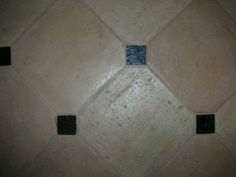 Piastrella ottagonale pavimento cotto fatto a mano enricopalmucci.it