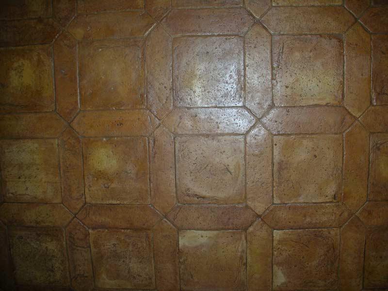 Foto di pavimento cassettonato in cotto fatto a mano