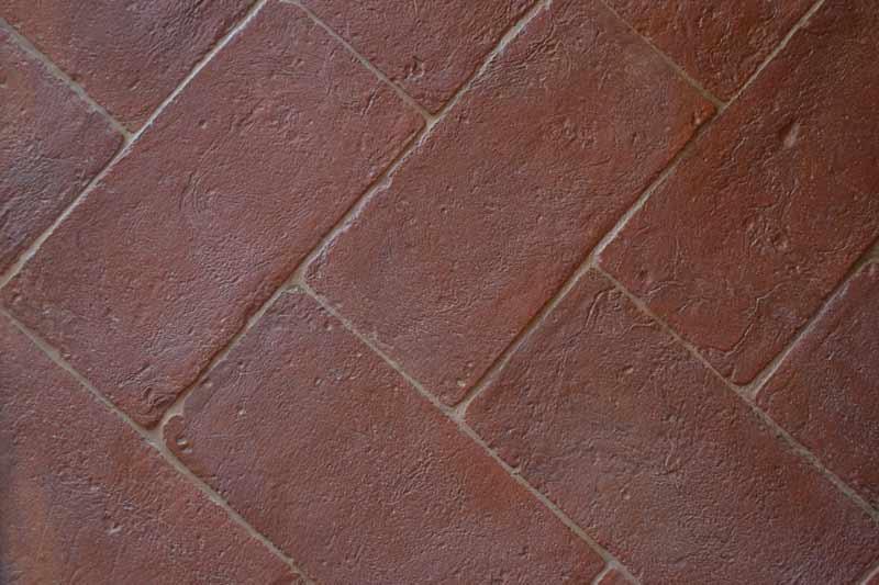 Pavimento rustico rosso in cotto da esterni enricopalmucci.it
