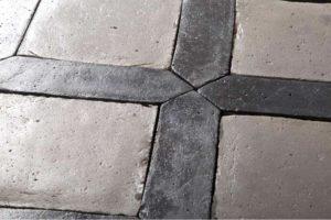 Cassettonato,un pavimento tradizionale attualizzato dai colori non convenzionalie dalla speciale lavorazione