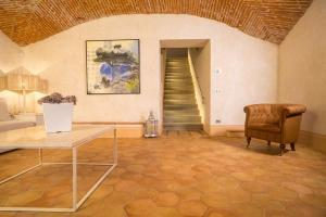 Antico Restauro pavimento in cotto fatto a mano